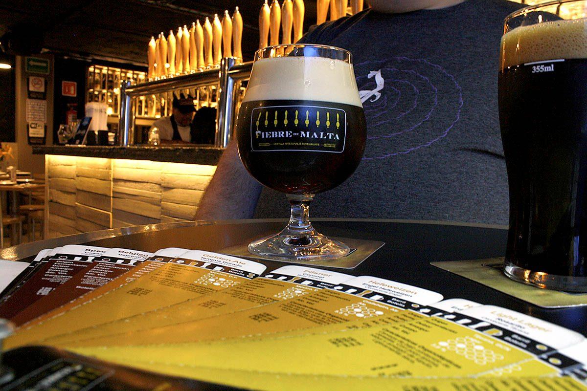 Bière artisanale et bière industrielle : quelle est la différence ?